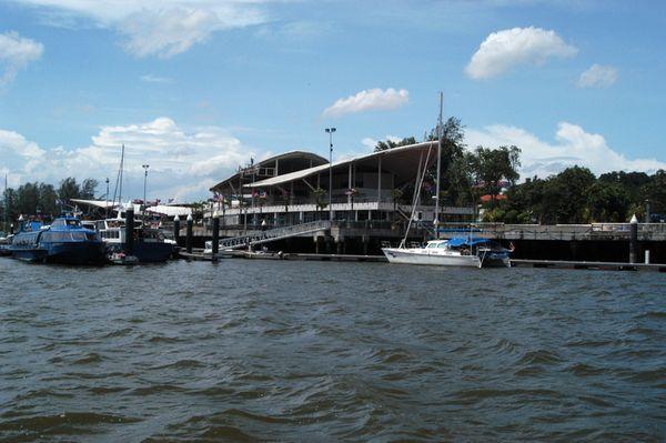 Danga Bay - a Cruising Guide on the World Cruising and Sailing Wiki